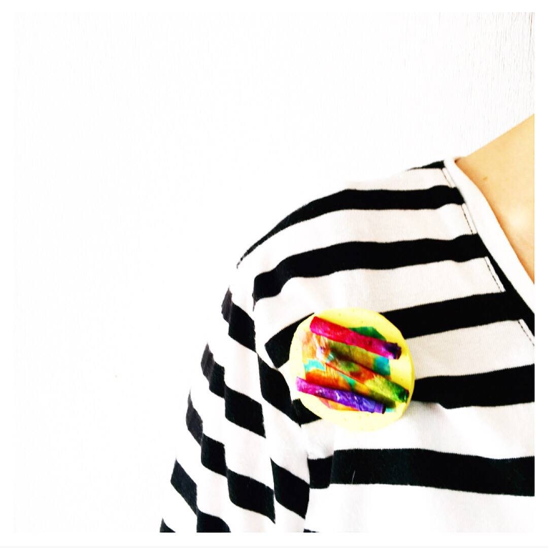 Here 2 simple and striking ways to turn kid's art into jewellery.